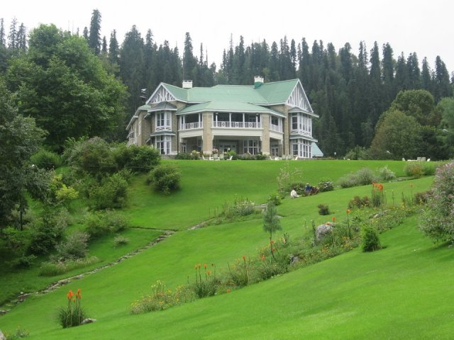 governors-lodge-at-nathiagali-khyber-pakhtunkhwa-pakistan