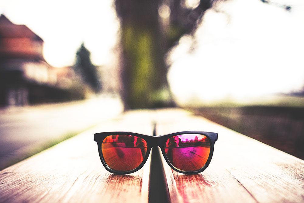 rose-coloured-glasses